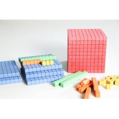 Matériel de numération en bois recyclé coloré